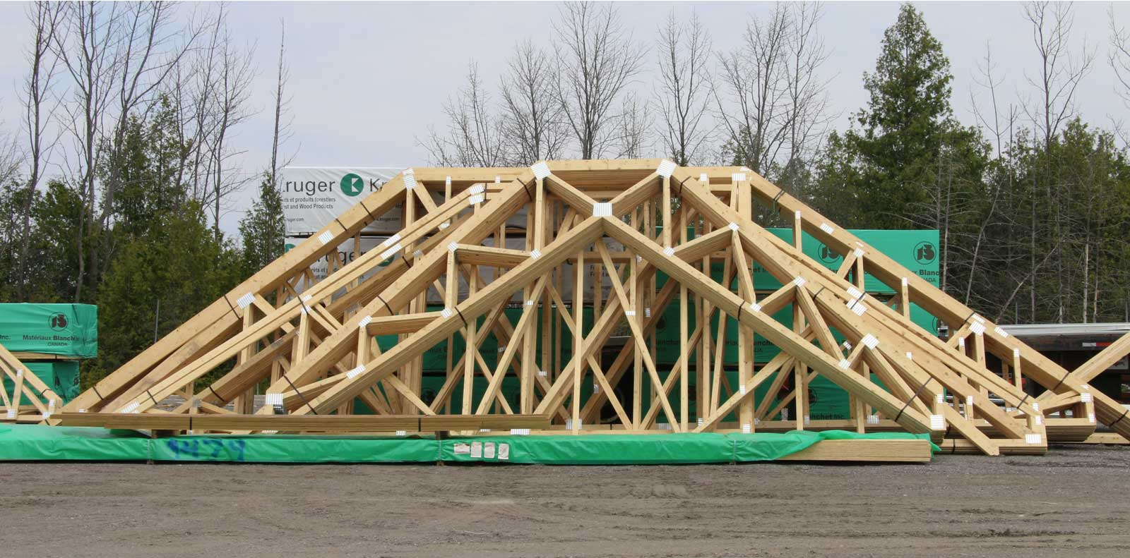 Peterborough truss floor ltd peterborough truss and for Engineered roof trusses prices